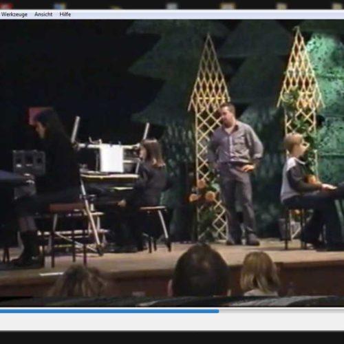 2000 Demoabend von Niños Musikschule Keytek - von seinen Schülern live an 3 Keyboards gespielt The Riddle