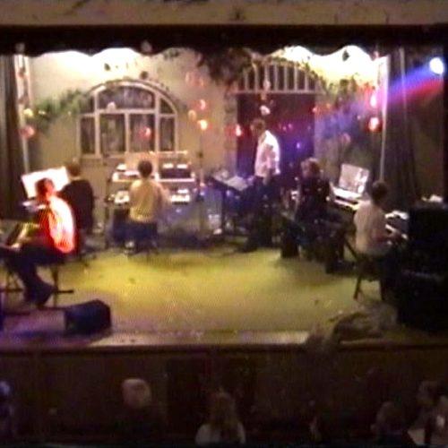 "2002 Demoabend von Musikschule ""Keytek"" - live: ""Captain Future"" an 5 (!) Keyboards"