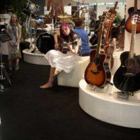 2012 Musikmesse - Bia testet...