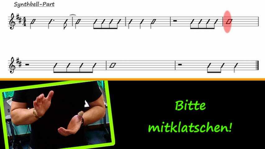 Hände machen Mitklatschübung nach Drumslash-Notation vor